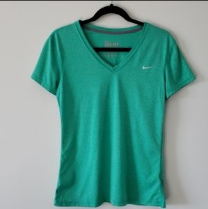Nike EUC Green Dri-Fit Short Sleeve Top Size S